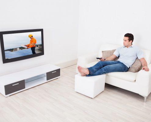 Anti reflective coating on tv screen