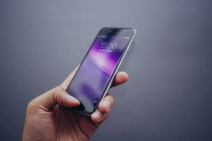anti reflcetive and anti glare coating prevent reflection from phone display