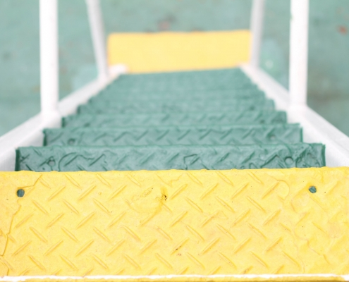 anti slip coating for metal making stairs safer in green and yellow