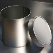 Packaging coating for metal applied on a metal can left open