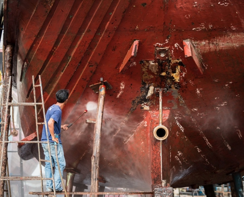 Foul release coatings prevent biofouling without copper, reducing fuel and CO2 emissions